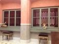 sala regia parrocchia san sisto genova finestre che danno sull'altare